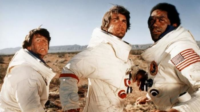 Capricorn One - Trailer
